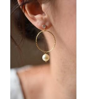 Boucles d'oreilles Louve pour la mariée tendance, façon créoles.