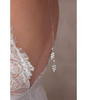 Bijou de dos pour la mariée champêtre ou bohême chic avec feuilles argentées