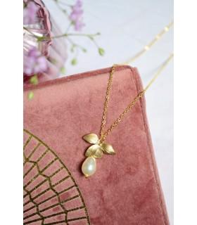 Collier de mariée Sylvia avec fleur orchidée dorée et perle nacrée