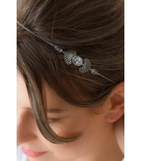 Bijou de cheveux Luna avec étoiles dorées et perles à porter en headband bohême
