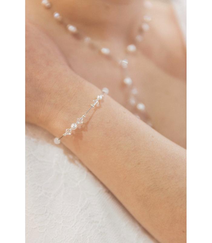 Bracelet fin pour la mariée en perles et cristaux modèle Zoé